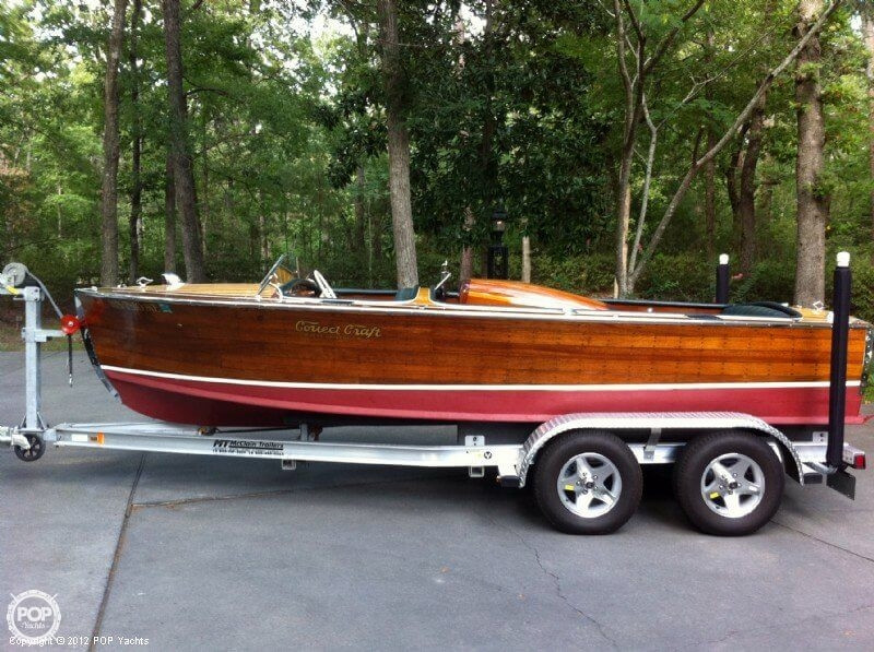 Used Correct Craft 18 Antique and Classic Boat For Sale