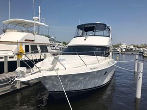 Used Silverton 34 Convertible Motor Yacht For Sale