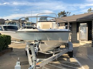 New Boston Whaler 180 Dauntless180 Dauntless Center Console Fishing Boat For Sale