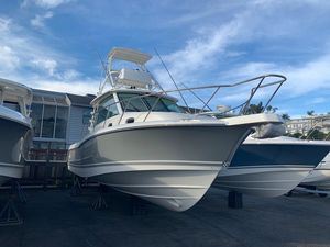 New Boston Whaler Walkaround Fishing Boat For Sale