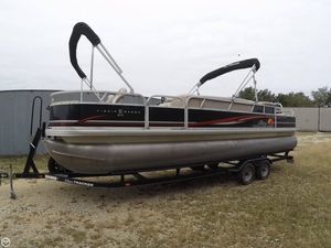 Used Sun Tracker DELUXE FISHING BARGE Pontoon Boat For Sale