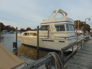 Used Chris-Craft 460 Motor Yacht For Sale
