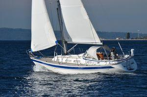 Used Hallberg-Rassy 34 Daysailer Sailboat For Sale