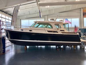 New Back Cove 32 Cruiser Boat For Sale