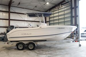 Used Robalo R200 Center ConsoleR200 Center Console Center Console Fishing Boat For Sale