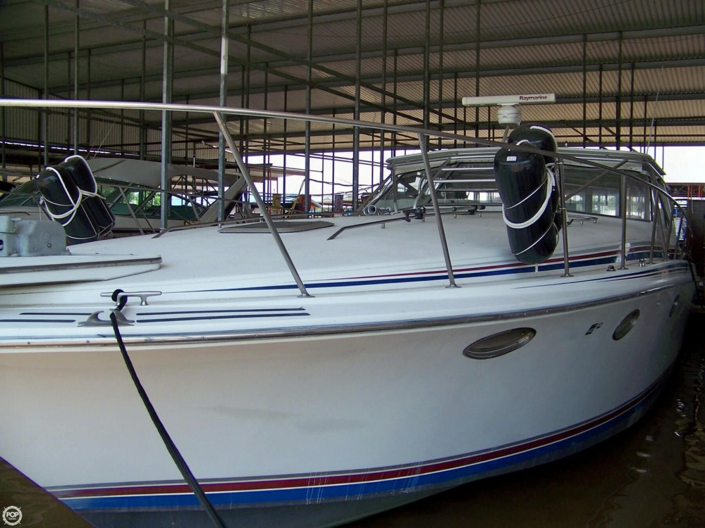 Used Trojan 13 Meter Sport Express Cruiser Boat For Sale