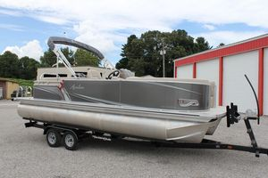New Avalon LSZ 2485 QLLSZ 2485 QL Pontoon Boat For Sale