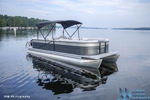 Used Crest II 250 SLCrest II 250 SL Pontoon Boat For Sale