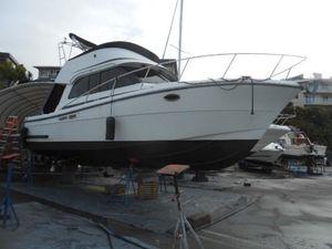 Used Lindell Flybridge Sedan Motor Yacht For Sale