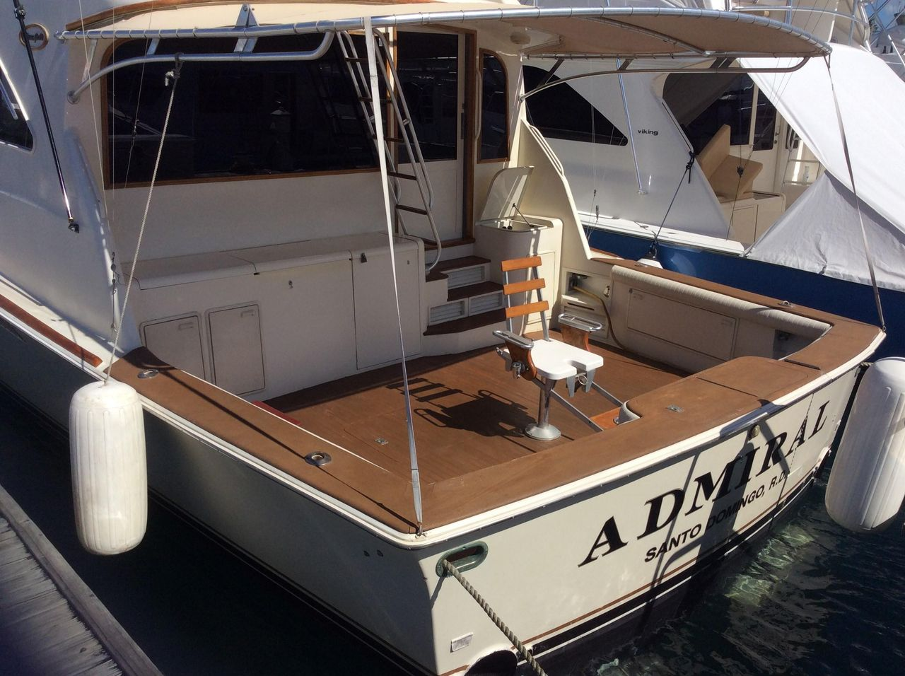 1995 Used Ocean Yachts Sport Fish Motor Yacht For Sale - $295,000
