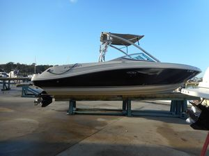 Used Sea Ray 230 Select High Performance Boat For Sale