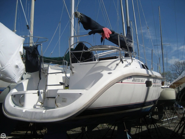 Used Hunter 29.5 SL Racer and Cruiser Sailboat For Sale