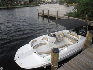 Used Starcraft 2000 Select Deck Boat For Sale