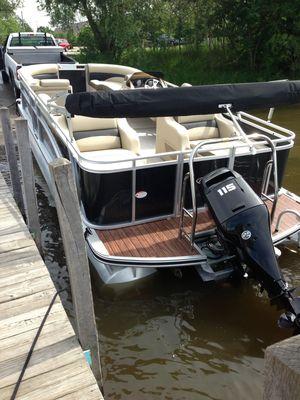 Used Harris Flotebote Sunliner 220 Pontoon Boat For Sale