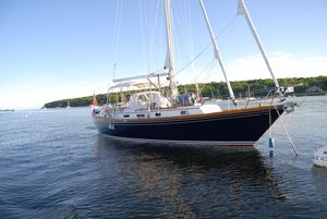 Used Bristol 43.3 Cruiser Sailboat For Sale