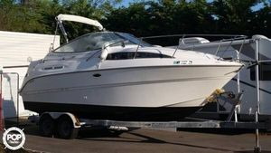 Used Bayliner 2455 Express Cruiser Boat For Sale