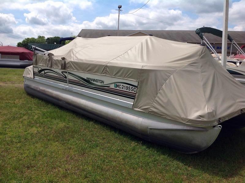 Used Bennington 2550 RL Pontoon Boat For Sale