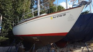 Used Cape Dory 26 Daysailer Sailboat For Sale