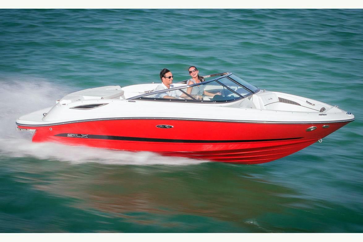 New Sea Ray 210 SLX 10699 Bowrider Boat For Sale