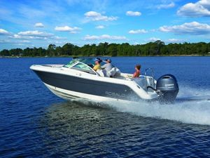 New Robalo R227 Cruiser Boat For Sale