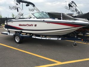 Used Mastercraft X2X2 Ski and Wakeboard Boat For Sale