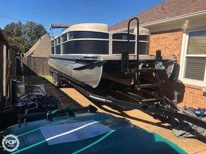 Used Premier Pontoons 240 Sunspree RF Tritoon Pontoon Boat For Sale