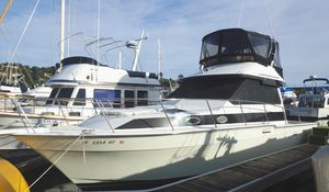 Used Mediterranean Convertible Flybridge Convertible Fishing Boat For Sale