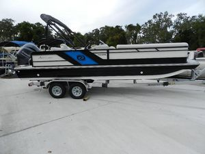 New Hurricane FD 226FD 226 Deck Boat For Sale