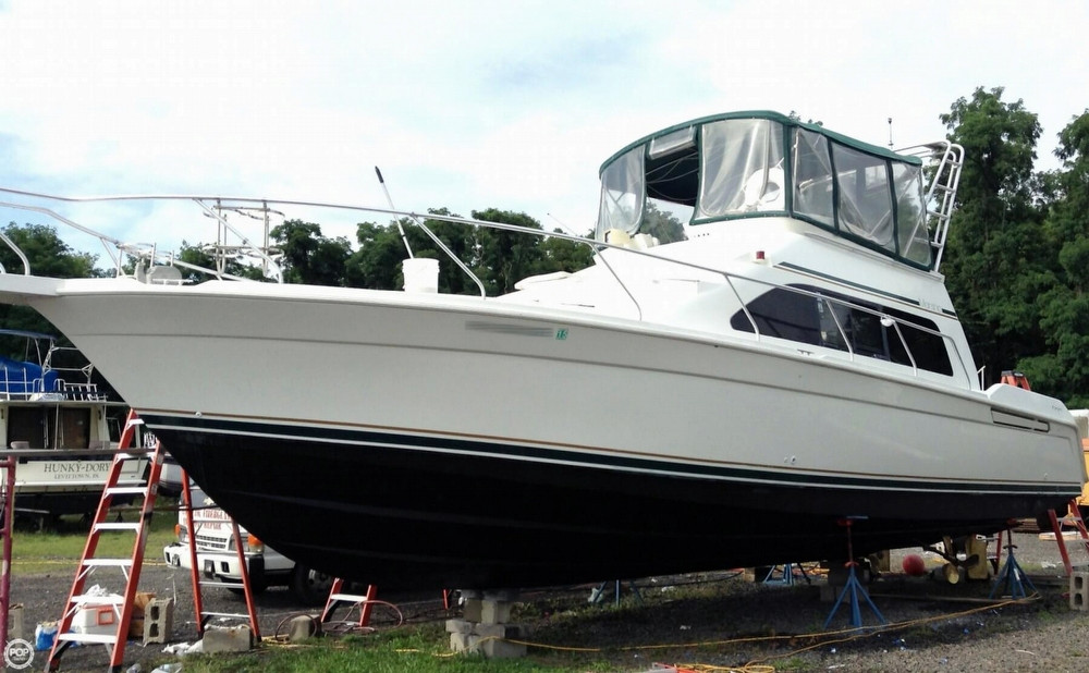 Used Mainship 40 Sedan Bridge Aft Cabin Boat For Sale
