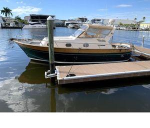 Used Apreamare 30 Cabinato Sports Cruiser Boat For Sale