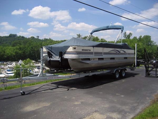 Used Bennington 227FS Pontoon Boat For Sale