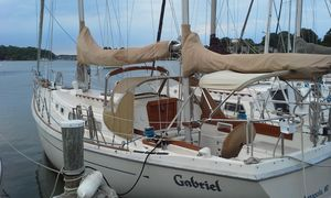 Used Allied Cruiser Sailboat For Sale