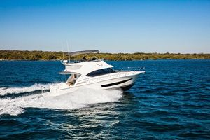New Riviera 395 Sports Motor Yacht Motor Yacht For Sale