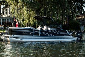 Used Harris Grand Mariner 250Grand Mariner 250 Pontoon Boat For Sale