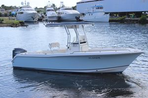 Used Sea Hunt 220 Triton220 Triton Center Console Fishing Boat For Sale