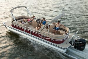 New Lowe SS270 Extended Walk-ThruSS270 Extended Walk-Thru Pontoon Boat For Sale