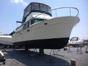 Used Tollycraft 40 Tri-cabin MY Motor Yacht For Sale