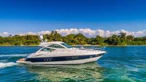 Used Cruisers Yachts 540 Sports Coupe Motor Yacht For Sale