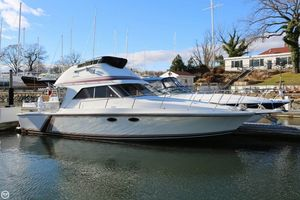 Used Trojan 10.8 Meter Convertible Sports Fishing Boat For Sale