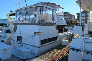 Used Carver 33 Aft Cabin Motor Yacht For Sale