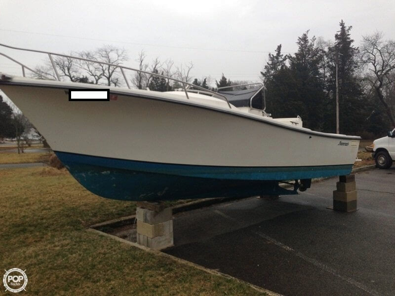 1990 used shamrock 22 stalker center console fishing boat for Fishing boats for sale nj