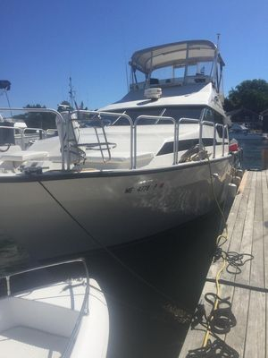Used Mediterranean Mainship 35 Cockpit Convertible Fishing Boat For Sale