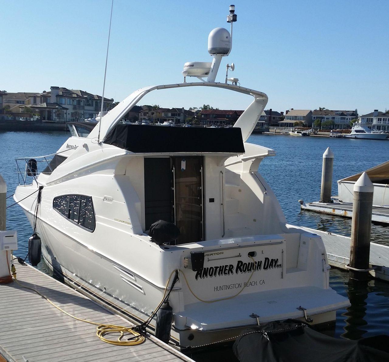 2001 Used Silverton 330 Sport Bridge Convertible Fishing Boat For