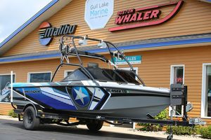 Used Correct Craft Air Nautique 216 leAir Nautique 216 le Ski and Wakeboard Boat For Sale