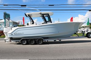 New Robalo 302302 Center Console Fishing Boat For Sale