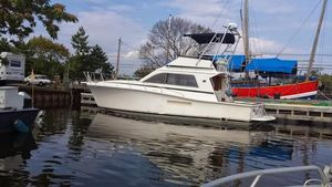 Used Pacemaker 37 Sportfisherman Convertible Fishing Boat For Sale