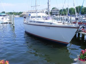 Used Amel Super Maramu Cruiser Sailboat For Sale