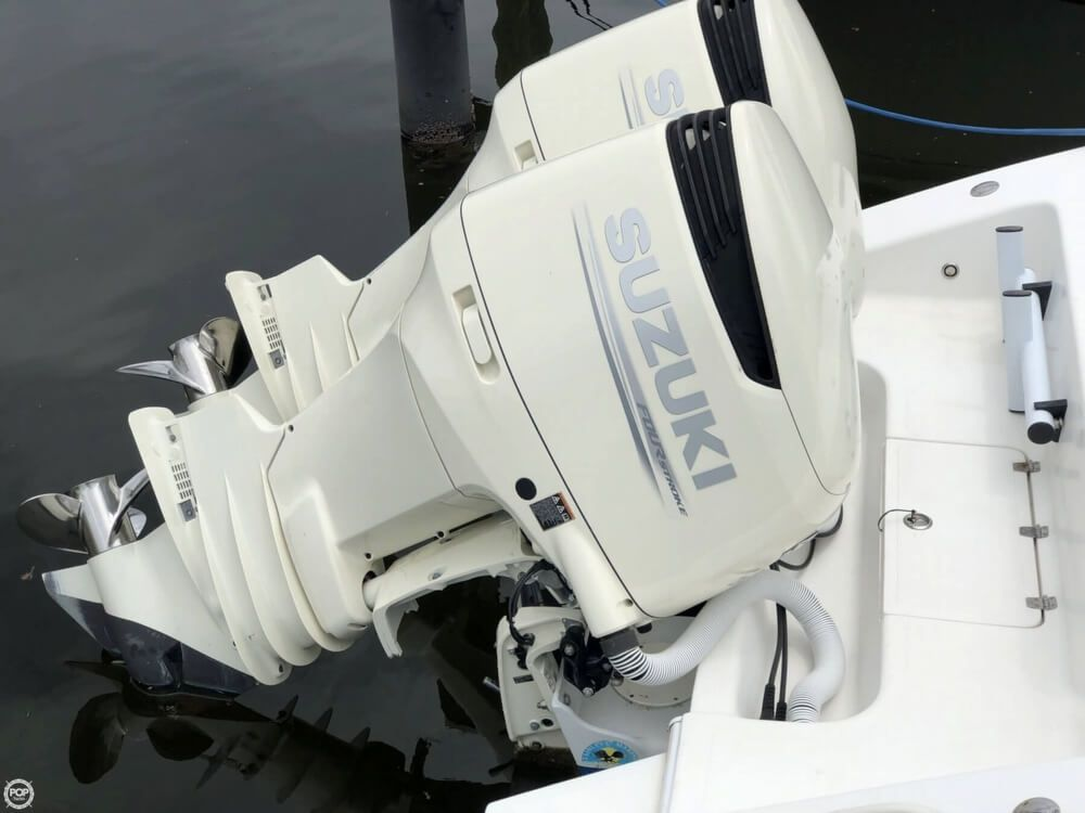 2007 Used Carrera 32 CC Center Console Fishing Boat For Sale