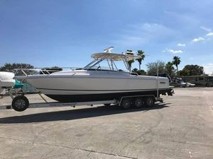 Used Intrepid 310 Walkaround Center Console Fishing Boat For Sale