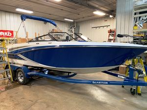 New Glastron 205gtsf Bowrider Boat For Sale